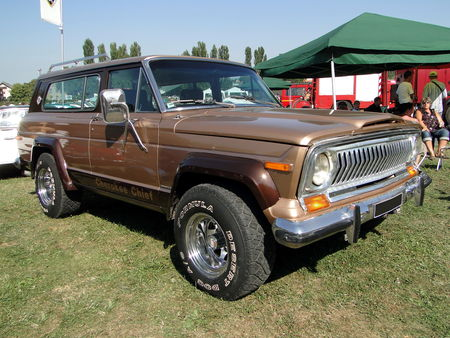 JEEP_Cherokee_Chief_4X4___1977__2_