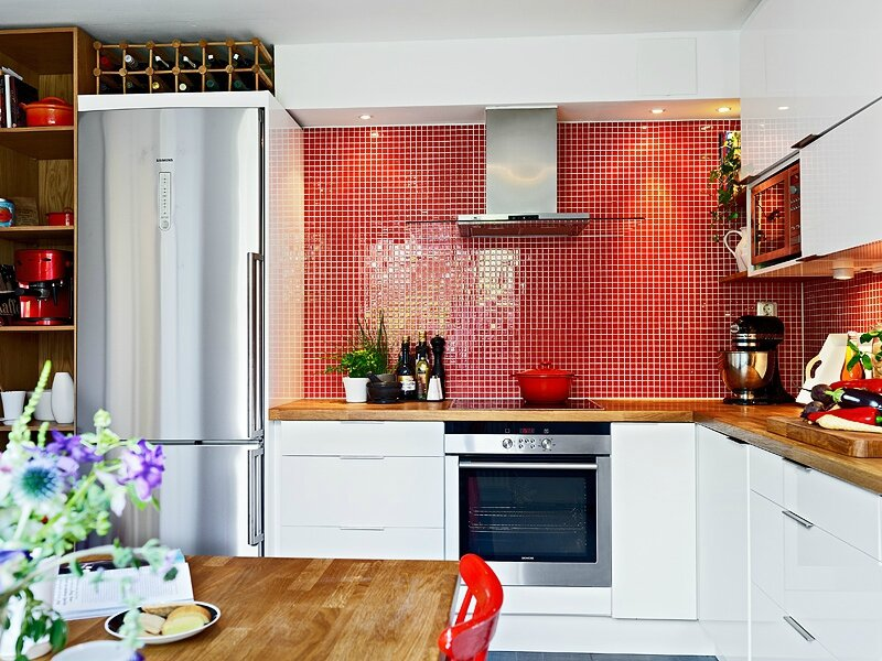 kit-red-backsplash3