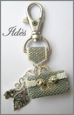 porte-clefs sac à main gris