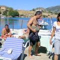 Zeynep et les amis au bord de l'eau de notre Pension