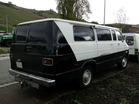 dodge tradesman 300 van,1974 1978,bourse de soultzmatt 2012 4