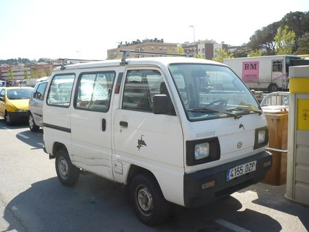 SUZUKI Super Carry van Lloret de Mar (1)