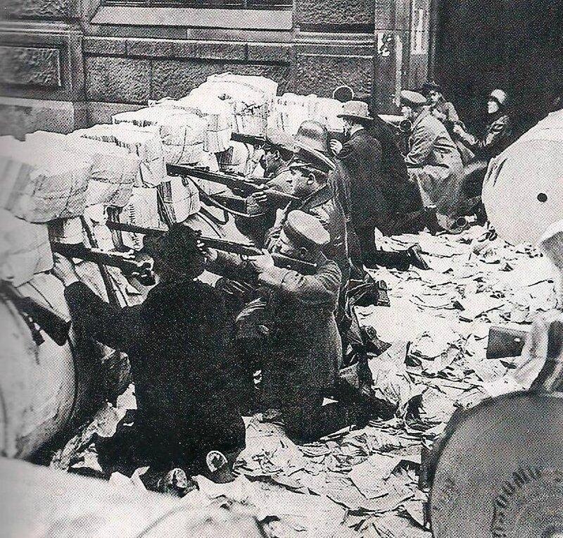 photo mouvement socialiste après 1ère GM - répression révolution spartakiste 1