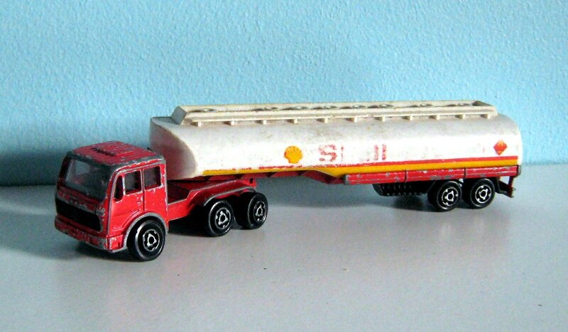 Camion mercedes Shell (1