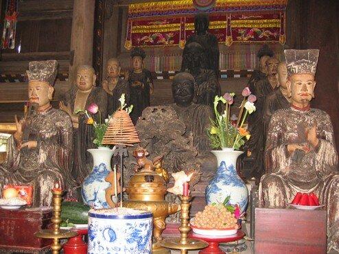 52. Autel de Tay Phuong