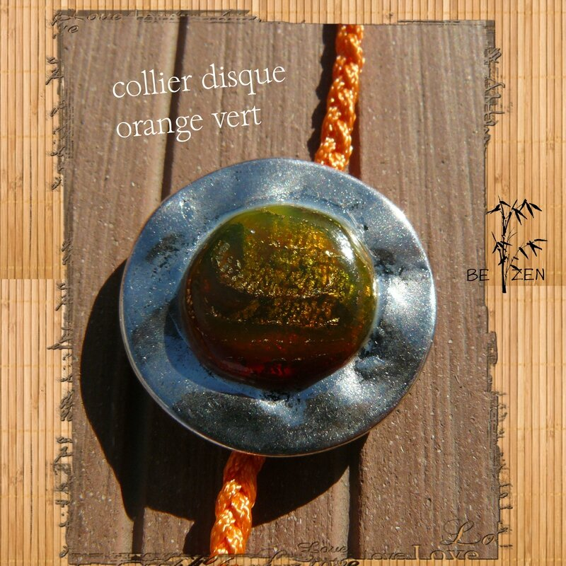 collier disque orange vert 3