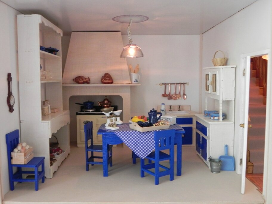 une maison dans la maison l 39 isl tr sor. Black Bedroom Furniture Sets. Home Design Ideas
