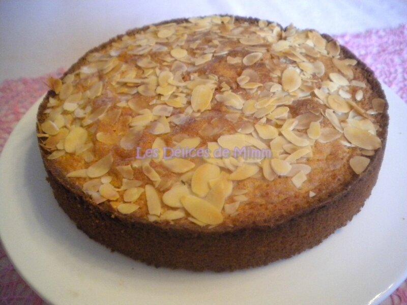 Gâteau fondant aux amandes 3