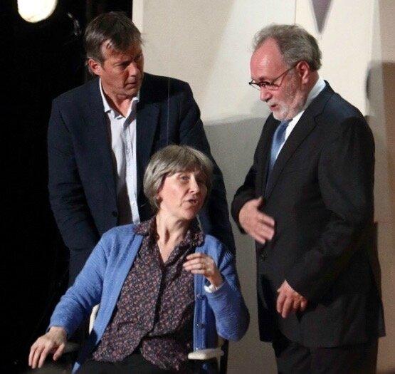 VOTRE MAMAN EDEN 2017 Manesca de Ternay fauteuil