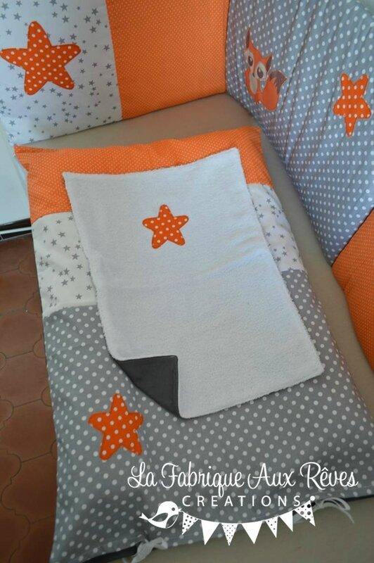 housse matelas à langer orange gris blanc renard étoiles