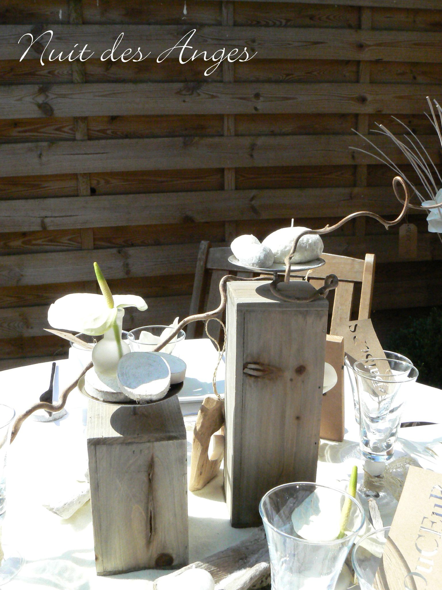 D coration de table bois flott nuit des anges for Idees deco bois flotte ambiance nature