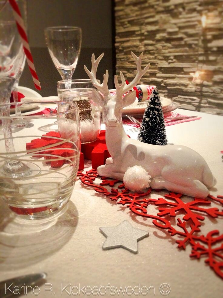 Beautiful Table De Nol Blanc Polaire Et Rouge Gourmand With Decoration Noel  Rouge Et Blanc With Deco Table De Nol