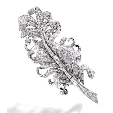 Platinum_and_Diamond_Feather_Brooch__Circa_1940c