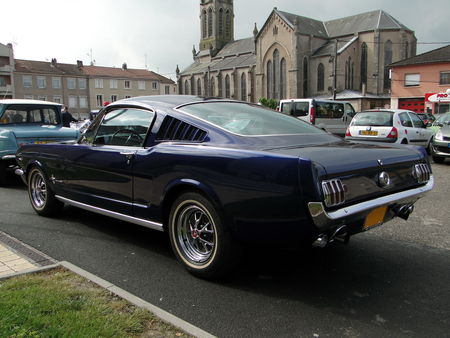 FORD Mustang 2+2 Fastback Coupe 1965 La Ronde Saulnoise 2010 4