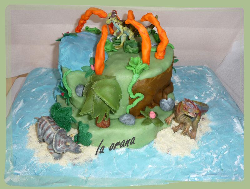 Gâteau île des dinosaures/Dinosaur cake