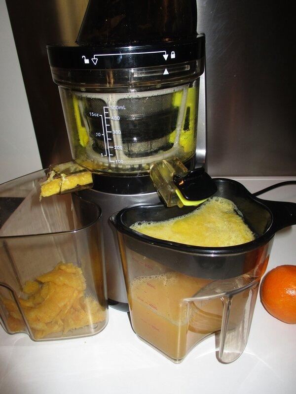 vid o jus d 39 orange cl mentine citron avec mon extracteur de jus vitaly4life blogs de cuisine. Black Bedroom Furniture Sets. Home Design Ideas