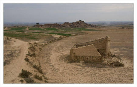 Aragon__Monegros_cabane_ruine_201009_1