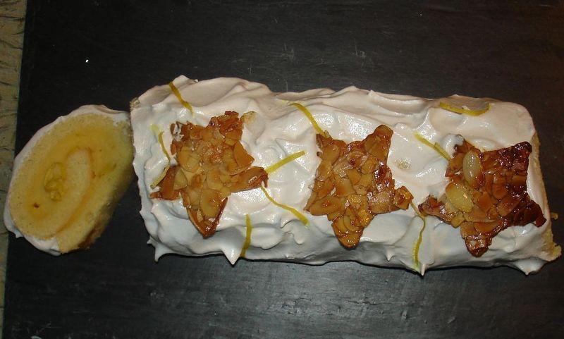 Buche roulée façon tarte au Citron Meringuée
