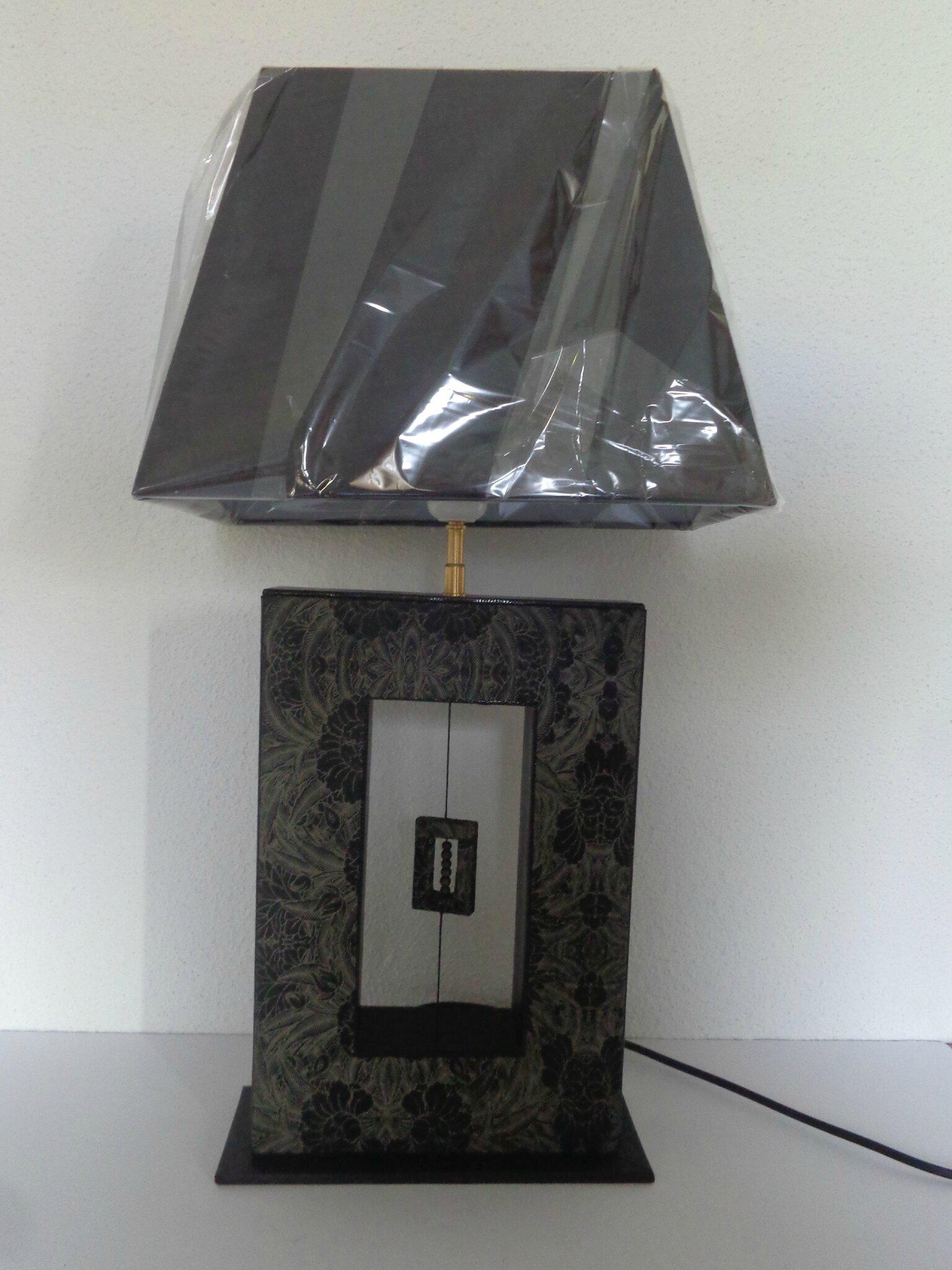 """Lampe moderne """"pied évidé"""""""