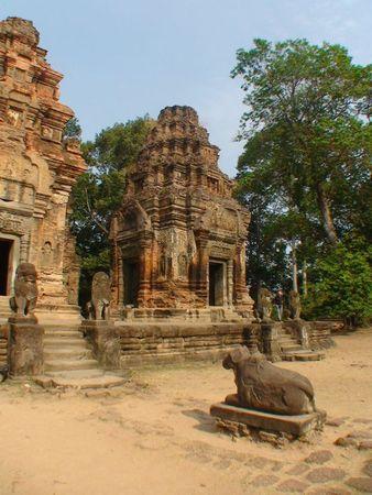 temple preah ko_08