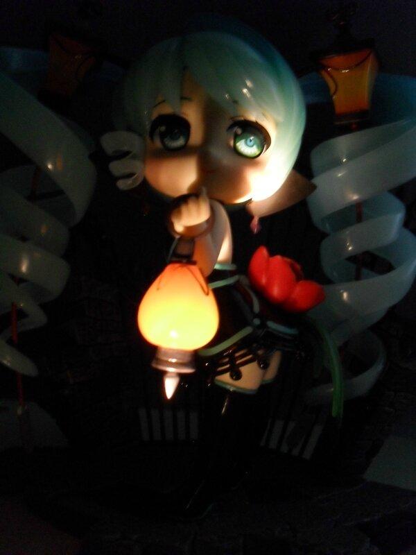 PVC Lamp Miku