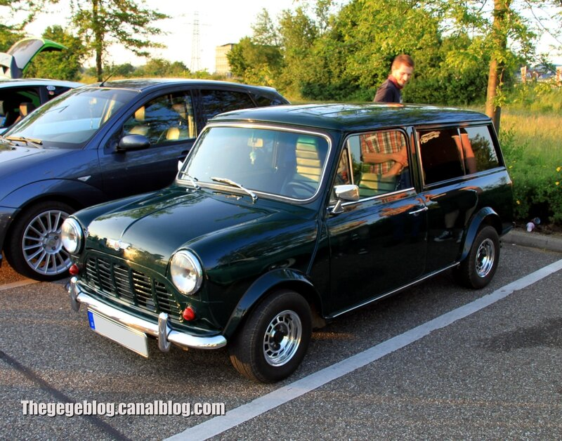 Austin mini clubman estate (Rencard Burger King juin 2013) 01