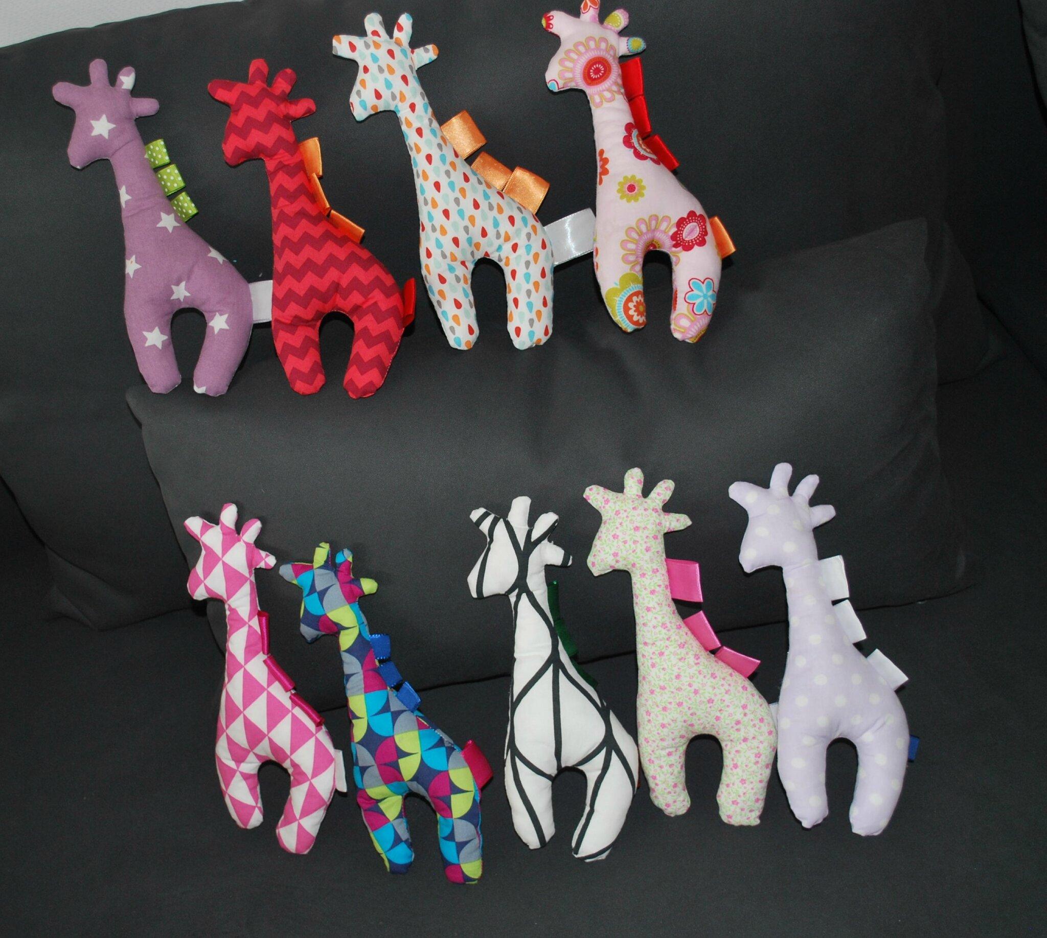 Super Troupeau de girafes colorées - Elsa Couture DR05