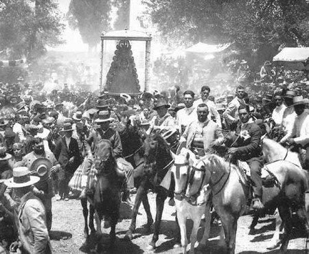 Procession_1927