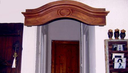 un fronton d 39 armoire se recycle en d co s rie bois barbatruc et r cup. Black Bedroom Furniture Sets. Home Design Ideas