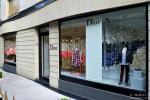 Vitrine Dior baby en papier