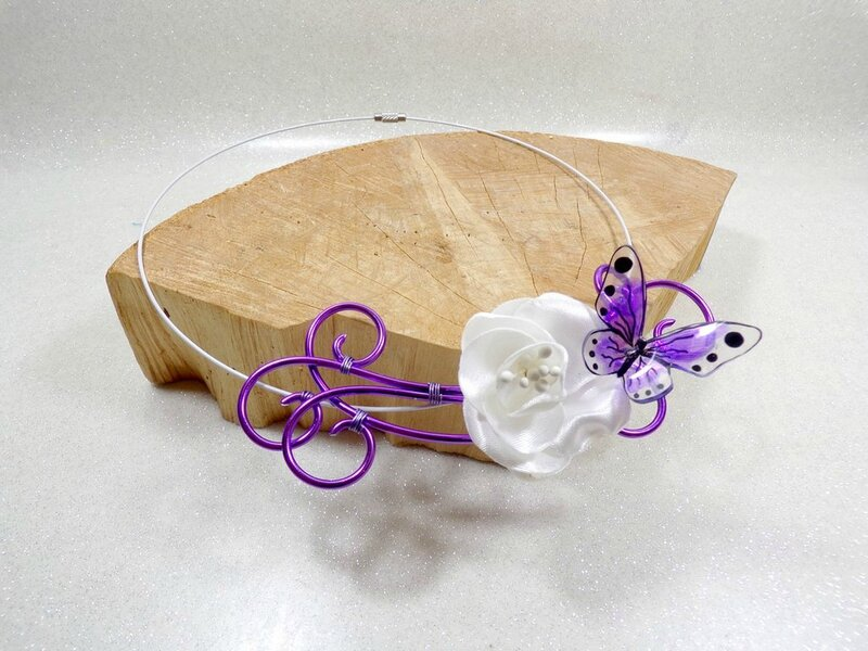 Collier papillon fleur mariée