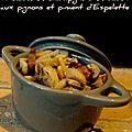 Fricassée de champignons de saison aux pignons et piment d'espelette
