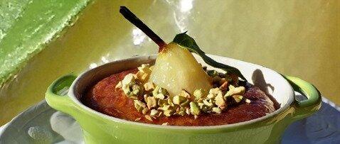 cocotte de poire, crème d'amandes et pistaches1