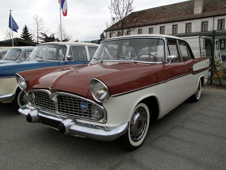 SIMCA Vedette Chambord 1957 1961 Bourse Echanges Autos Motos de Chatenois 2010 1