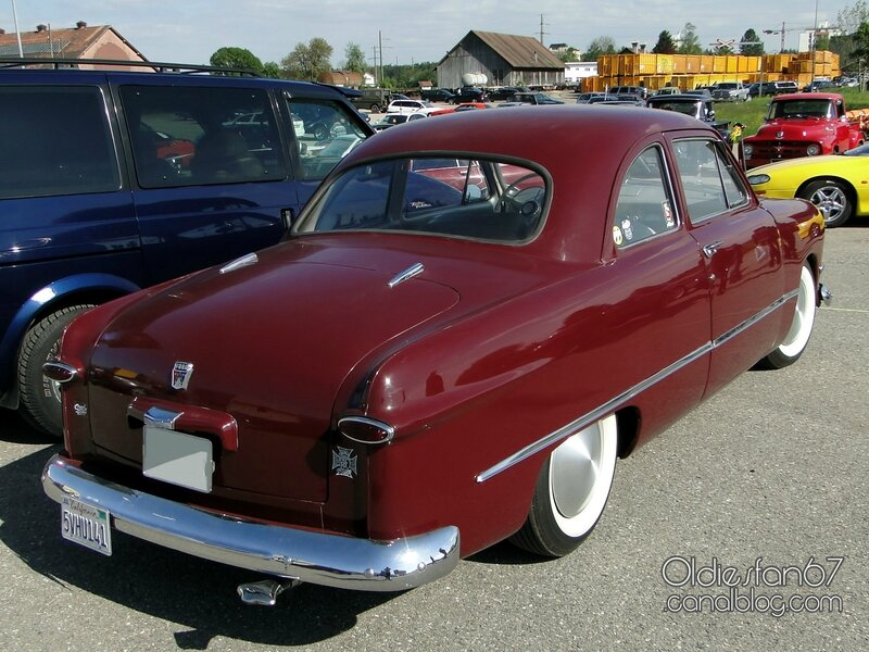 ford-deluxe-business-coupe-1950-02