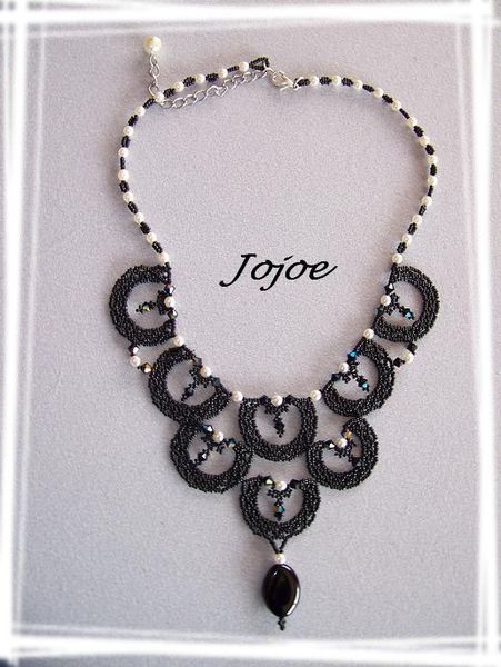 scalop_necklace_noir