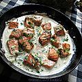 Poêlée de saumon à la crème d'ail vert