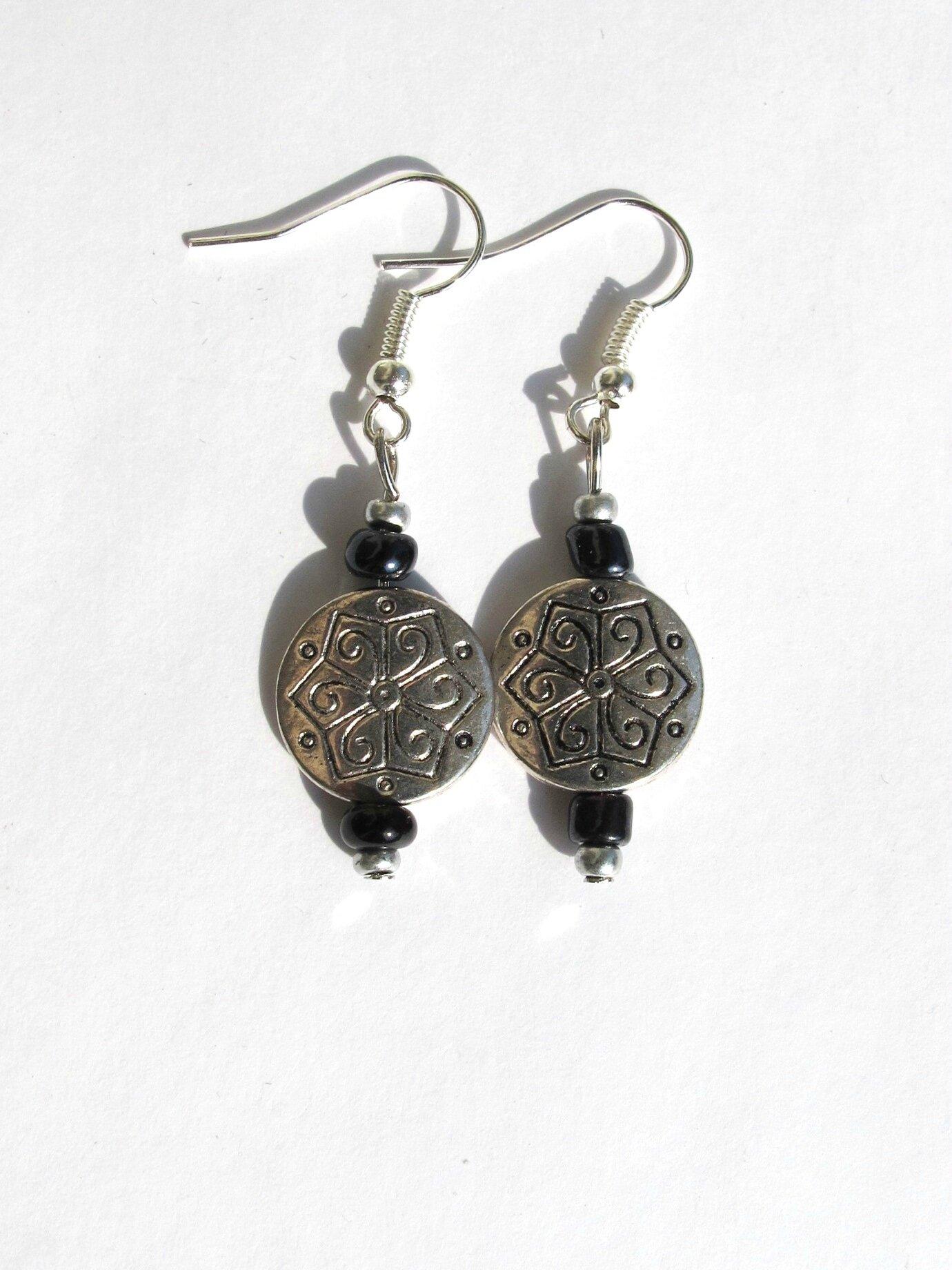 boucles d'oreilles rondes celtiques