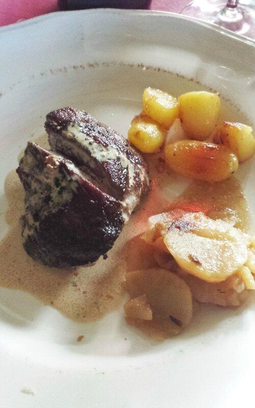pavés d'autruche grillés, grenailles Pompadour sautées, topinambours (1)