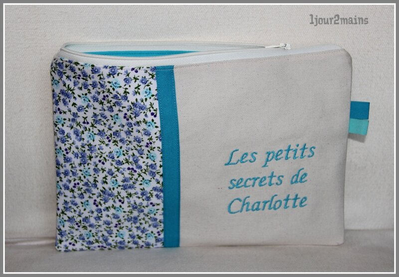 trousse turquoise Charlotte