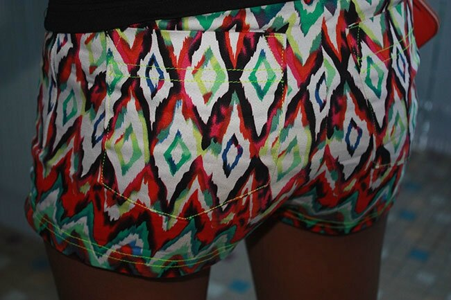 sHORT-BURDA-DETAIL-POCHES