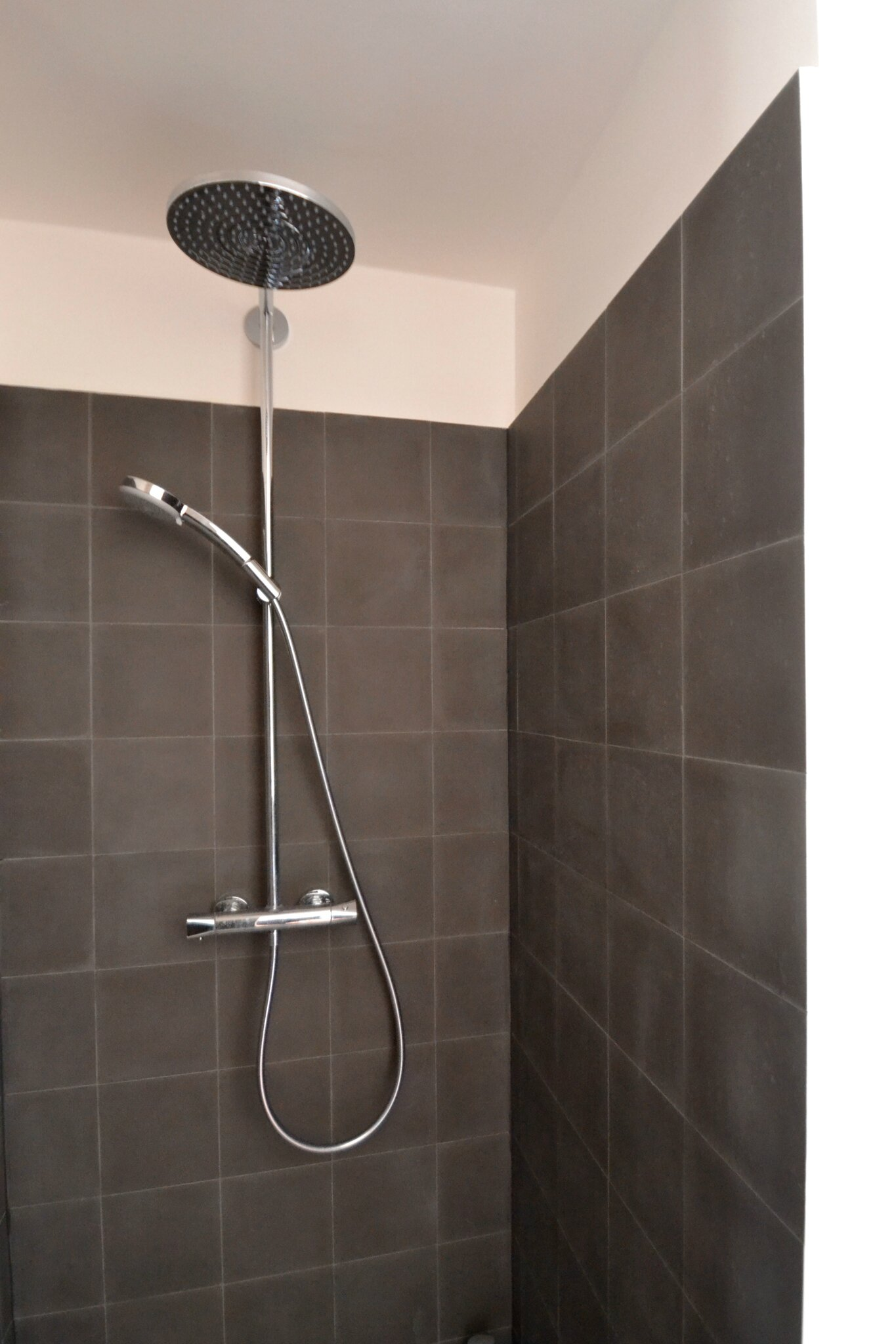 carreaux ciment douche cool related post with carreaux ciment douche elegant vive les carreaux. Black Bedroom Furniture Sets. Home Design Ideas