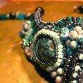 Collier fimo et tissage de perles, vue 2