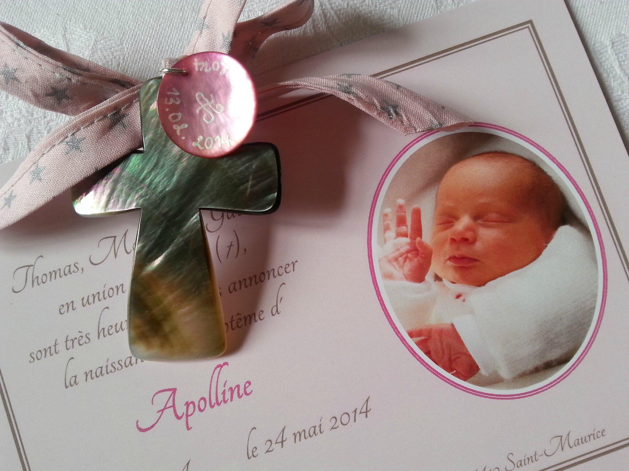 Croix de berceau (sur ruban France Duval Stella rose étoiles argent)