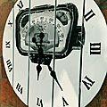 Cadran de voiture transférée horloge. DR Le Meuble du Photographe