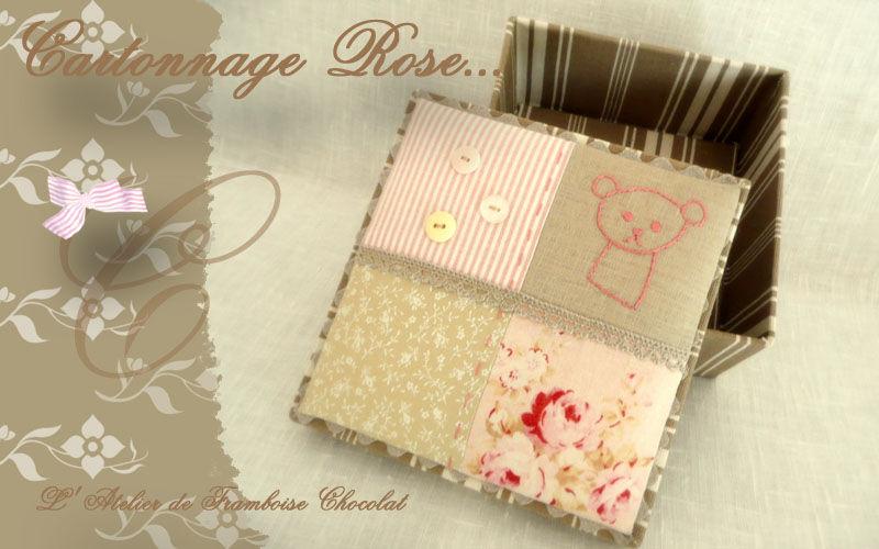 Cartonnage rose détails...