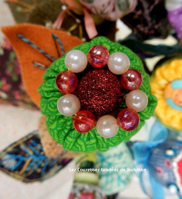 fleur perle rouge copie