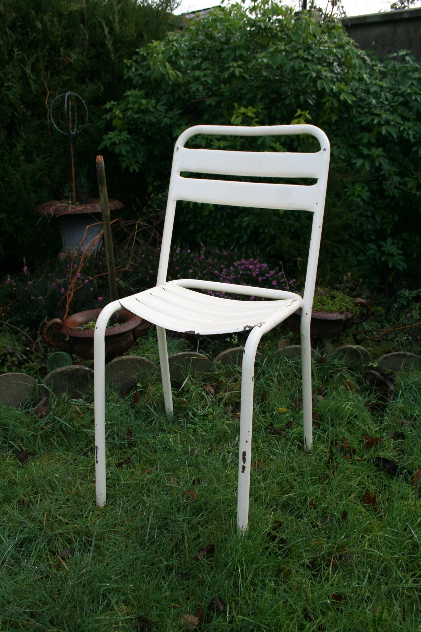 Chaise bistrot en fer for Chaise jardin
