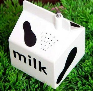 milk_carton_radio