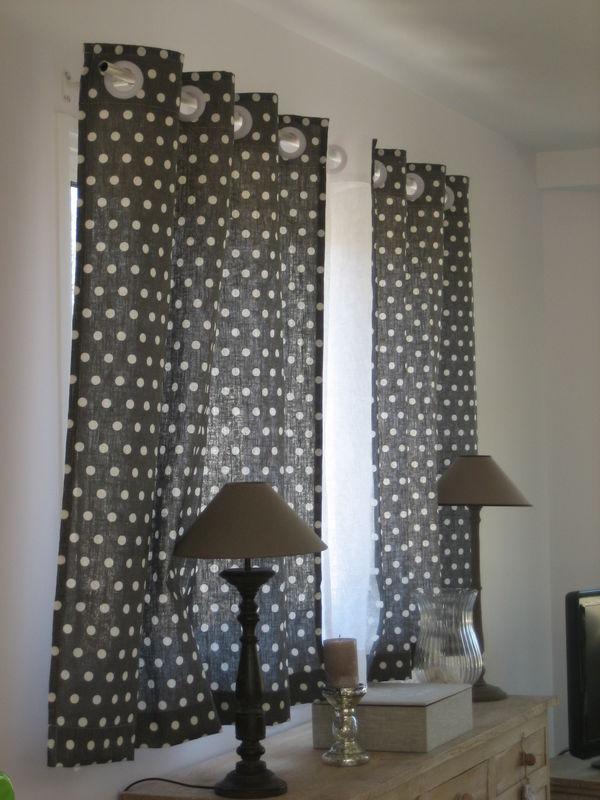 double-rideaux à oeillets - photo de les rideaux à vos mesures